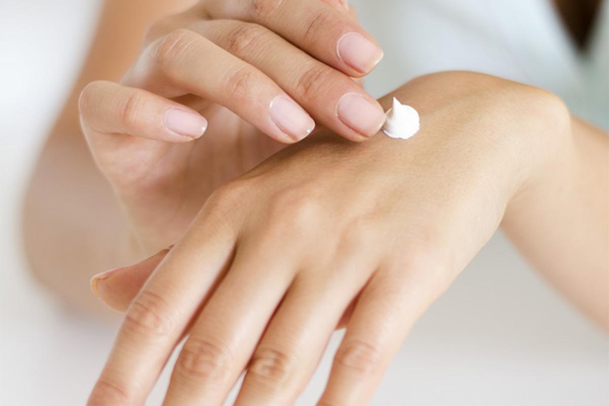 Dermatolog - pomocna dłoń nie tylko dla nastolatków