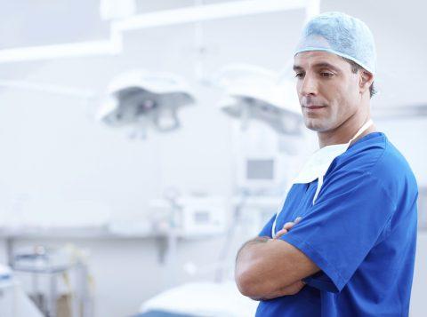 Kiedy warto wybrać się do reumatologa?